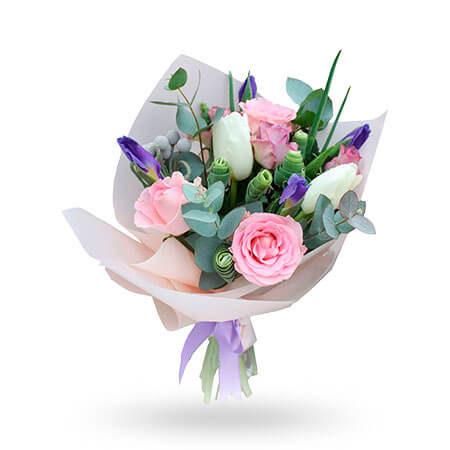 5 роз 5 тюльпанов 5 ирисов зелень