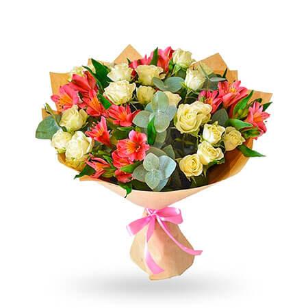 Кустовая роза, альстельмерия, эвкалипт